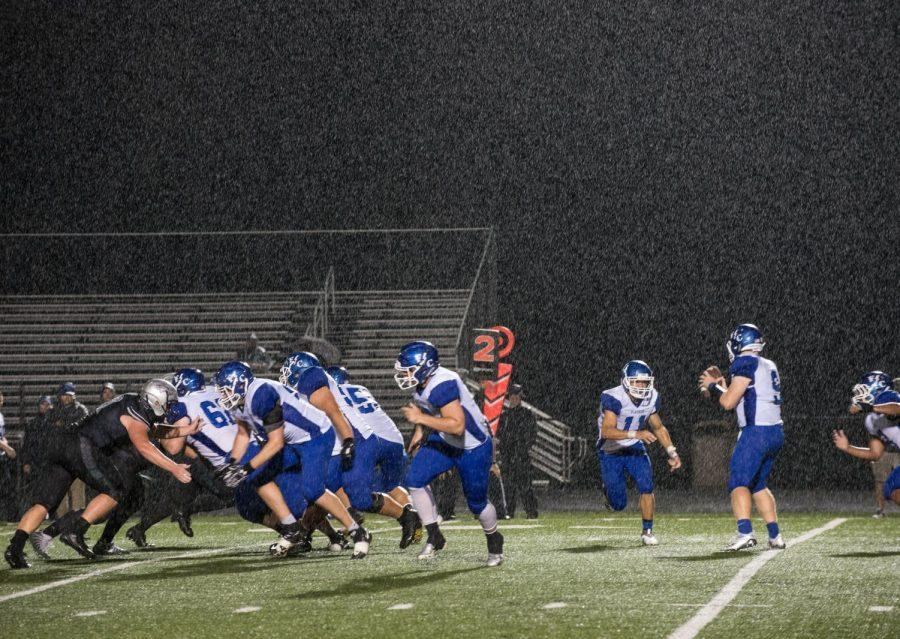 On+September+7%2C+the+Zionsville+Eagles+won+44-19+in+a+home+game+against+the+Franklin+Central+Flashes.